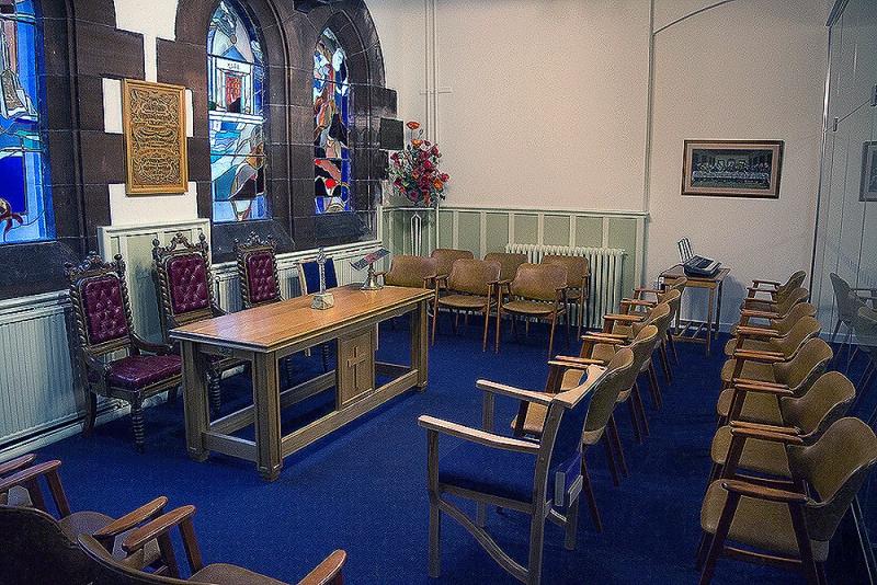 side-chapel-2